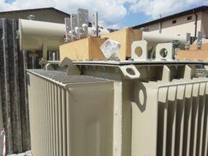 Новенькі трансформатори для однієї з електричних підстанцій.